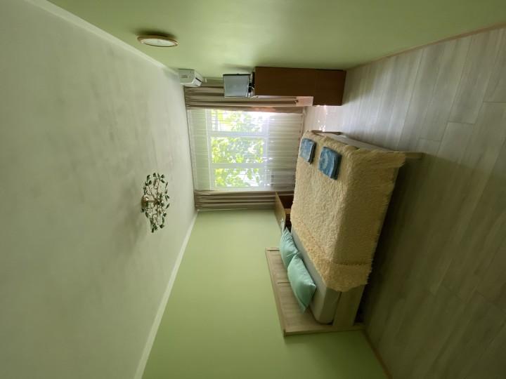 Сдам посуточно 2 коме квартиру УЛ Островского, 37
